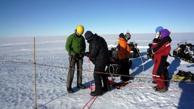 Crevasse training in The field