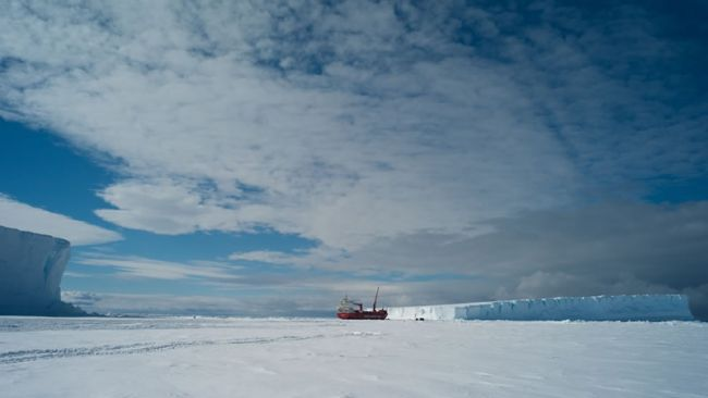 The Mary Arctica has Arrived at Crown Bay