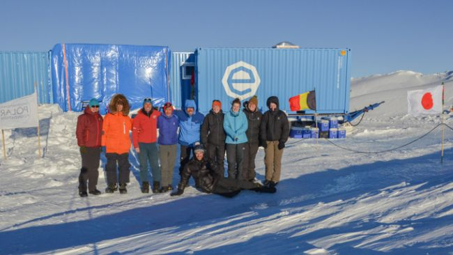 The Samba team: Takashi Mikouchi, Akira Yamaguchi, Christophe Berclaz, Yukihisa Akada, Naoya Imae, Vinciane Debaille, Nadia Van Roosbroek, Wendy Debouge, Geneviève Hublet, and Harry Zekollari (front) - © International Polar Foundation