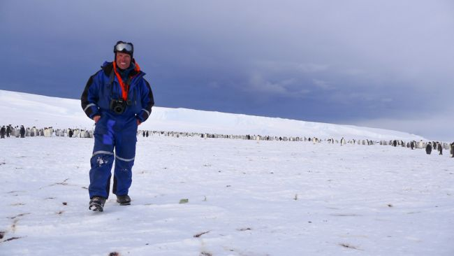 Expedition leader Alain Hubert at the newly discovered penguin colony - © International Polar Foundation