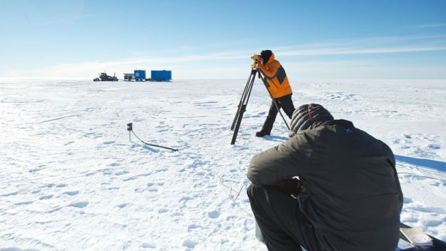 Jean Rasson taking measurements of Earth's geomagnetic field on the site of the former Roi Baudouin station at the coast. - © Jean Rasson