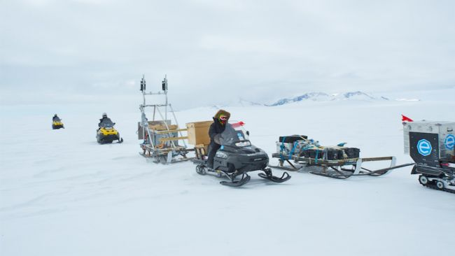 Heading to the Antarctic Plateau to install the new GPS station. - © International Polar Foundation