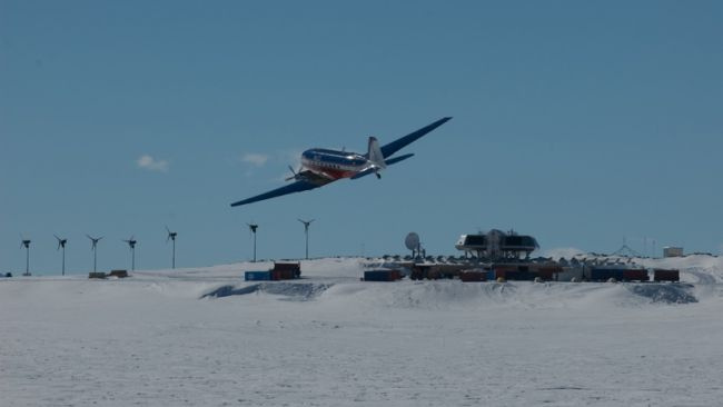 The Basler DC-3 at the Princess Elisabeth Station - © International Polar Foundation - René Robert