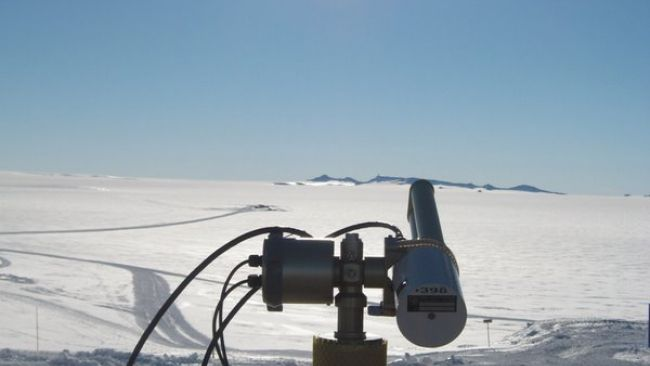 Sunphotometer - © International Polar Foundation
