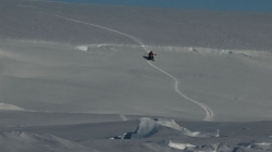 The reconnaissance team reaches the ice shelf via a landing line - International Polar Foundation - René Robert